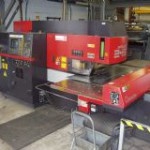 Robot welder for maiking trailers